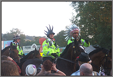 glastonbury festival 2010 mounted police